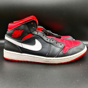 Air Jordan 1 Retro Mid